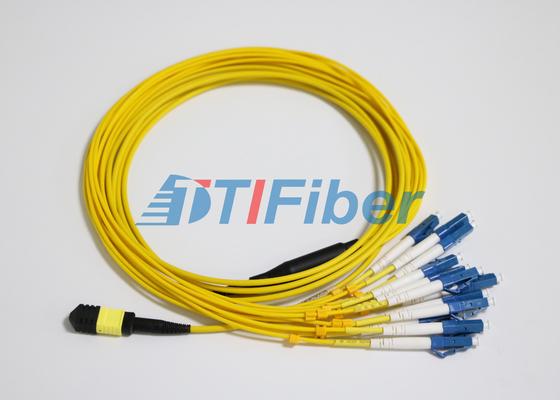 El remiendo de la fibra del LC SM MTP/de MPO lleva con el conector de la fibra óptica del UPC